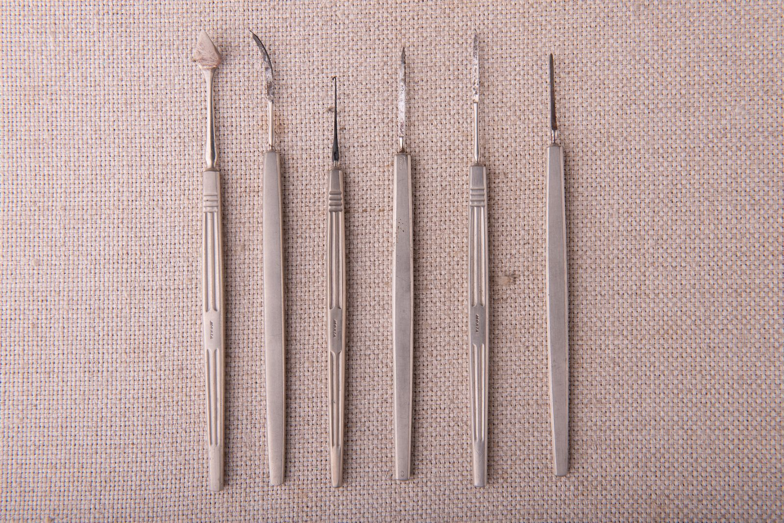 Muzei31_Офталмологичени скалпели и пика от средата на 20-ти век