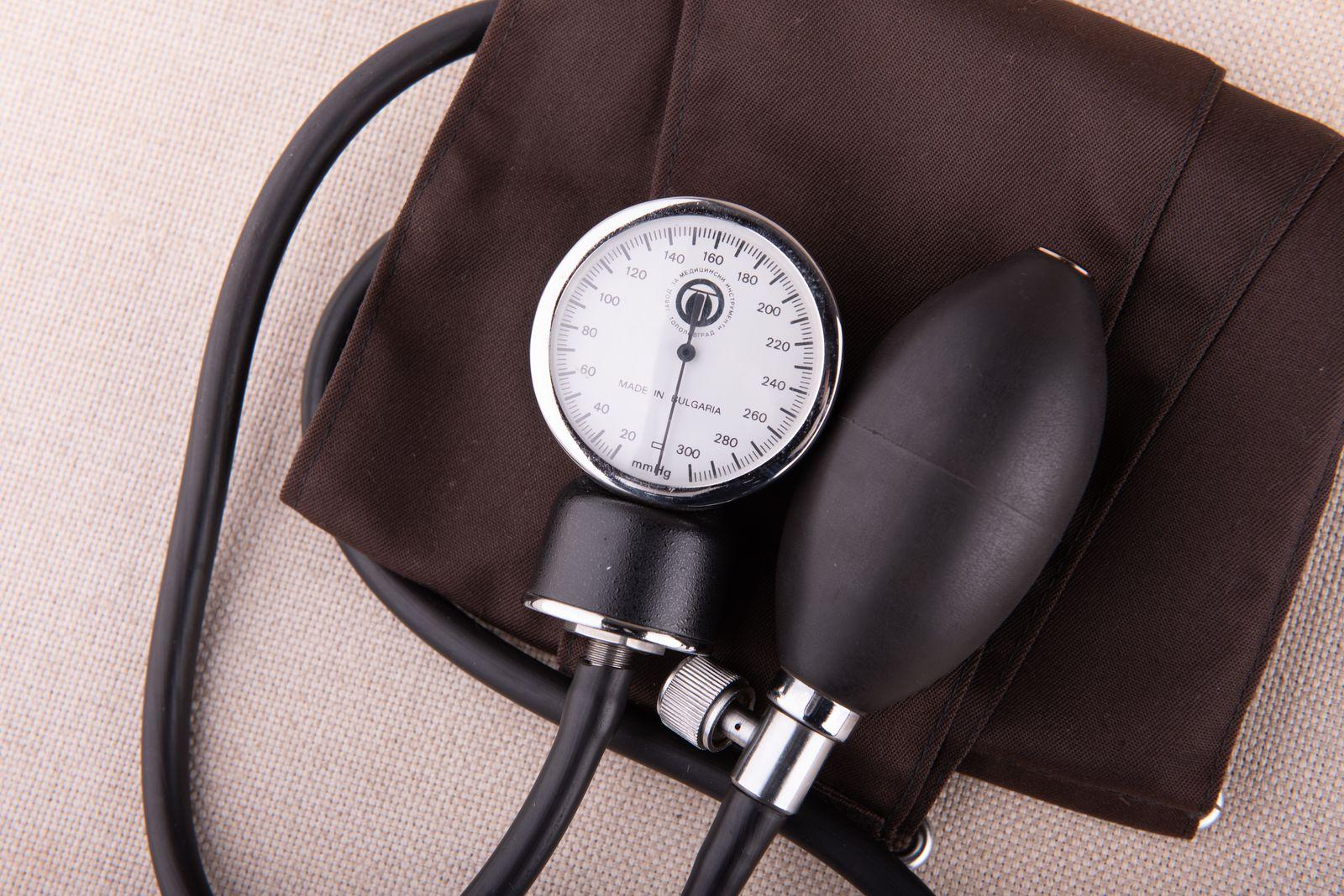 Muzei104_Апарат за измерване на кръвно налягане от втора половина на ХХ в