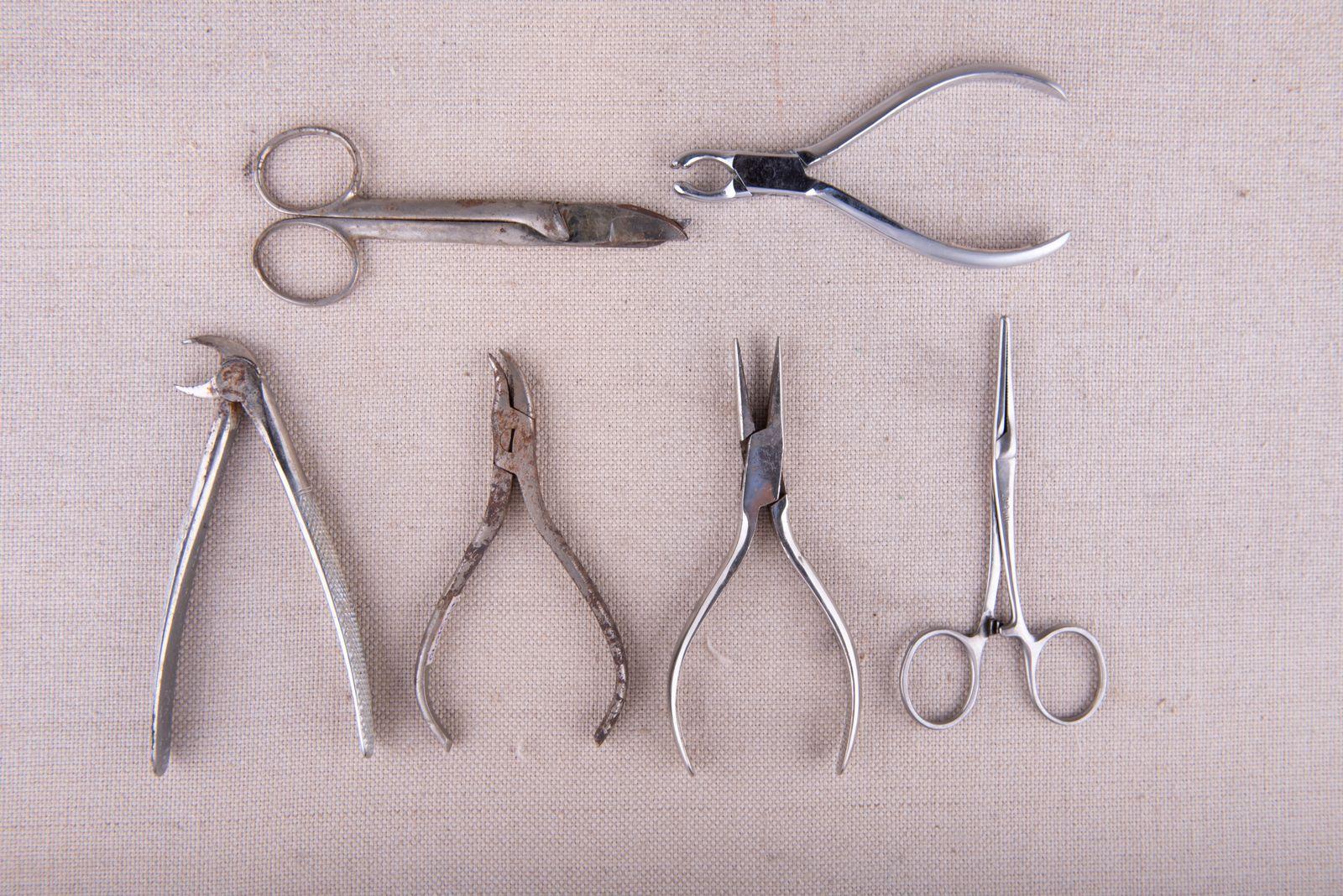 Muzei280_Клещи, кохер и ножици