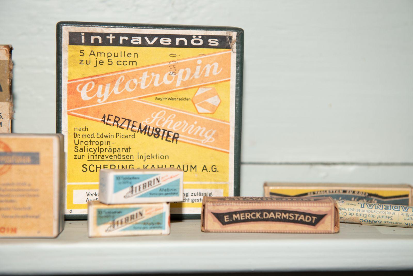 Muzei147_Лекарствени препарати от първата пол. на 20-ти век