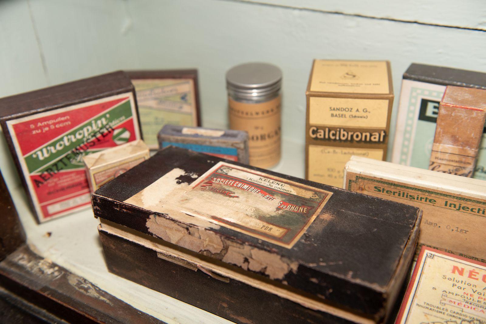 Muzei153_Лекарствени препарати от първата пол. на 20-ти век