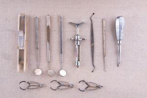 Muzei274_Зъболекарски инструменти