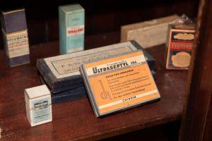 Muzei165_Лекарствени препарати от първата пол. на 20-ти век
