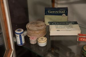 Muzei205_Лекарствени препарати от първата пол. на 20-ти век
